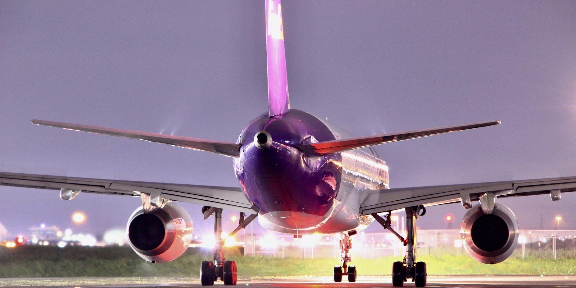 plane taxi - 2